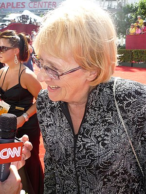 Kathryn Joosten - Image: Kathryn Joosten at 2009 Primetime Emmy Awards