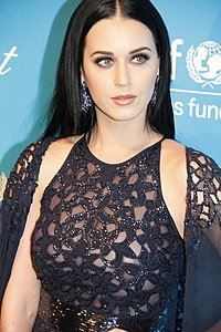 Katy Perry all' UNICEF Snowflake Ball 2012