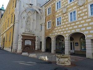 King Matthias Memorial, Székesfehérvár