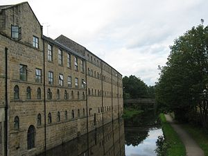 Kirkstall Brewery - Kirkstall Brewery buildings by the Leeds and Liverpool Canal