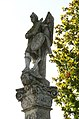 Kleinwarasdorf-Figurenbildstock Figur oben rechts.jpg