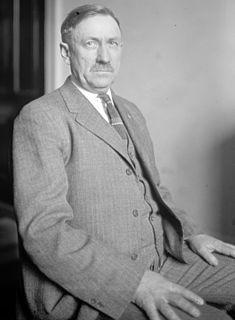 Knud Wefald American politician