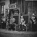 Koningin Juliana leest de troonrede voor, rechts prins Bernhard, Bestanddeelnr 920-7200.jpg