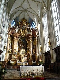 Krems Piaristenkirche Hochaltar.JPG