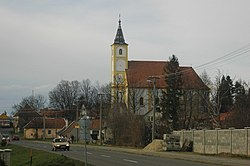 Kuchyna church 02.jpg