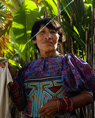 Indigenous peoples of Panama - A Kuna woman on the San Blas Islands