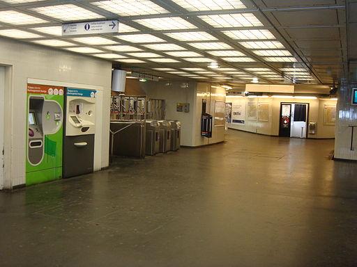 LC-8mai45-couloir accueil