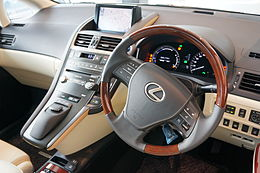 LEXUS HS250h 2013 interior japan.JPG