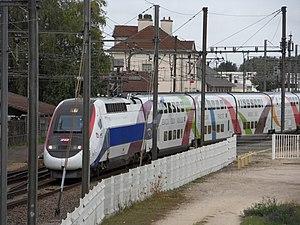 LGV Rhin-Rhône - Inaugural train (with pres. Nicolas Sarkozy on board) on the first stretch of the LGV Rhin-Rhône, 8 September 2011, near Genlis.