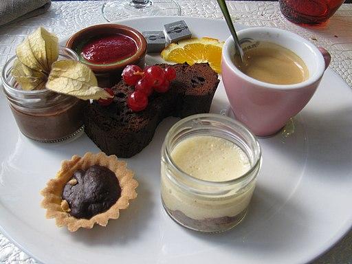 L & P Café gourmand