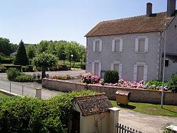 La mairie de Sury-près-Léré.JPG