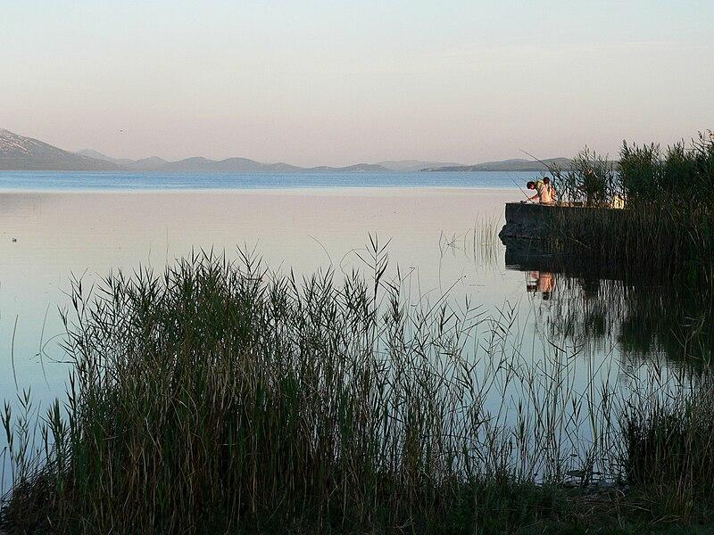 File:Lake Vrana Croatia.jpg