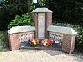 Laren Sint Janskerkhof Laren monument voor niet gedoopte kinderen.jpg