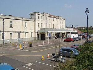 Leamington Spa railway station - Leamington Spa railway station exterior
