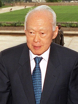 Lee Kuan Yew - Lee in 2002