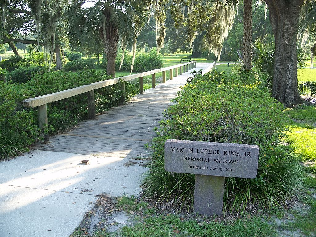 File Leesburg Fl Venetian Gardens Bridge Wikimedia Commons