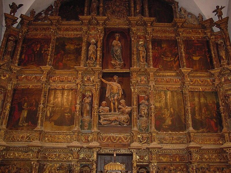 File:Leon Valderas iglesia santa Maria Azogue retablo mayor lou.JPG