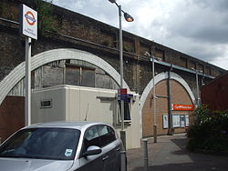 Leyton Midland Road stn south entrance 2012.JPG