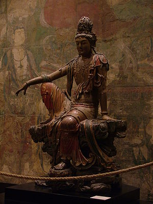Song dynasty - A Liao polychrome wood-carved statue of Guanyin, Shanxi (907–1125)