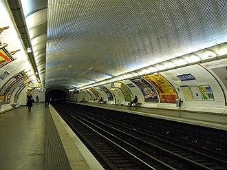 Félix Faure (Paris Métro) - Image: Ligne 8 Felix Faure 2