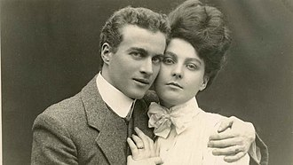 Engagement - Engagement photograph of Lionel Logue and Myrtle Gruenert, 1906