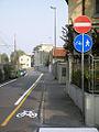 Lodi pista cicl via Battisti.JPG