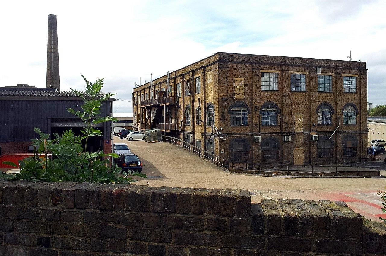 ... , Woolwich Dockyard, old factory building 3.jpg - Wikimedia Commons Old Factory Building