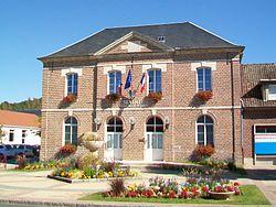 Longueil-Sainte-Marie (60), mairie, rue du Grand Ferré.jpg
