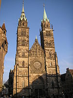 Lorenzkirche Nuernberg March 2007 005.jpg