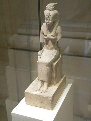 Raet-Tawy - A statue of Raet.