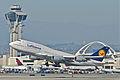 Lufthansa Boeing 747-400; D-ABVP@LAX;11.10.2011 623oo (6905482412).jpg