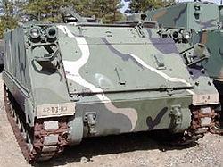 Véhicule blindé de transport de troupe M113a2