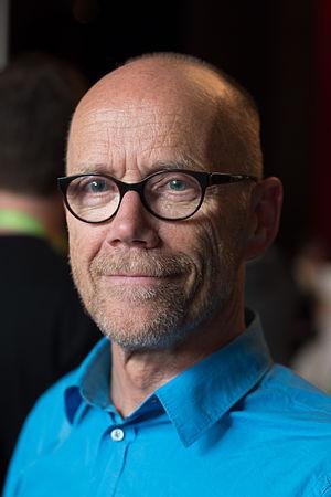 Erik Spiekermann - Spiekermann at the beyond tellerrand conference in 2014