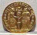Magnenzio, emissione aurea per decenzio cesare, 351-353.JPG