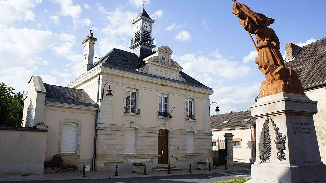 Mairie et monument aux morts d'Écueil