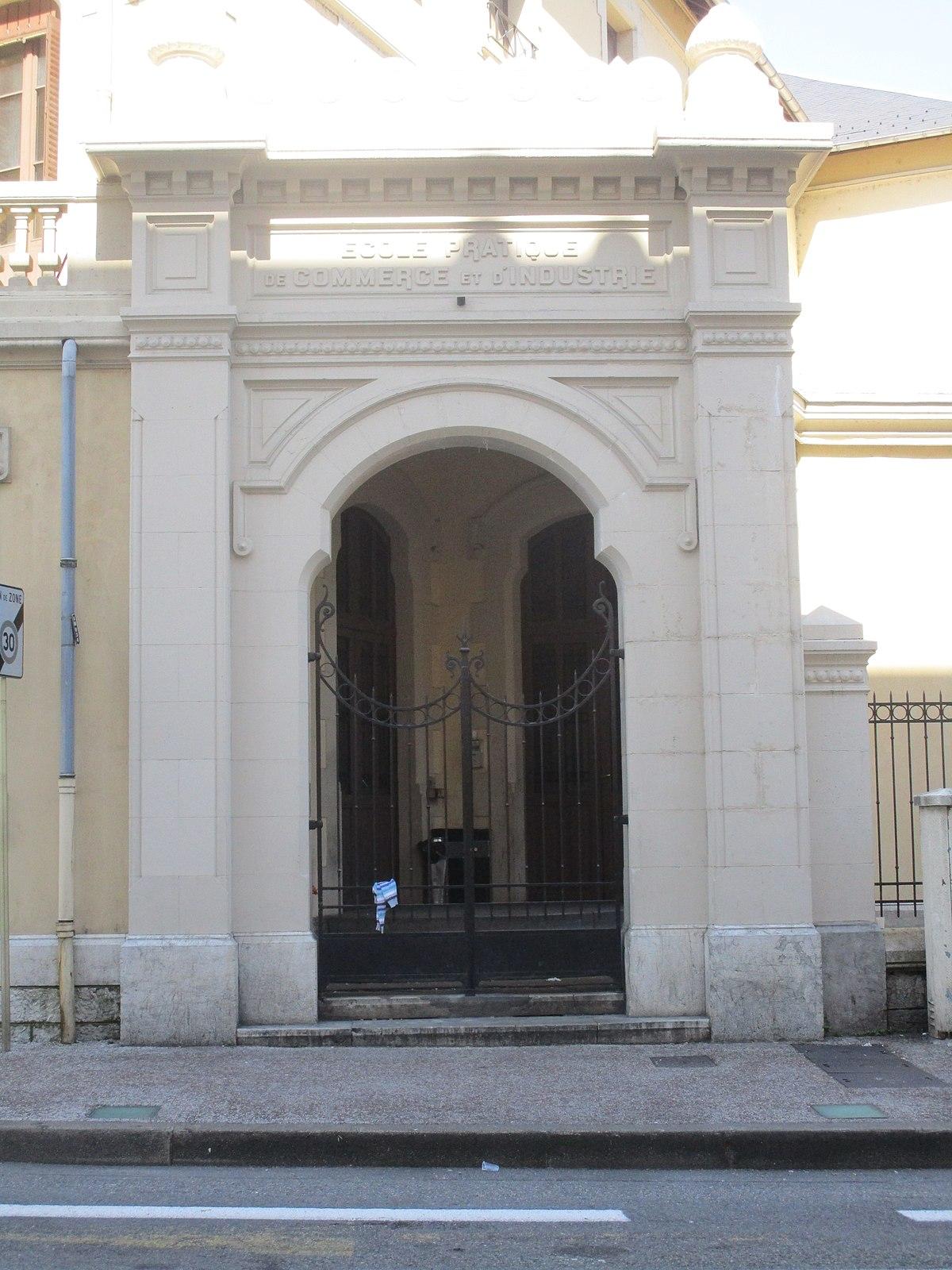 File:Maison des Associations, Chambéry (3).JPG - Wikimedia Commons