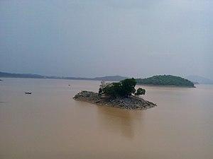 Barakar River - Maithon dam inside