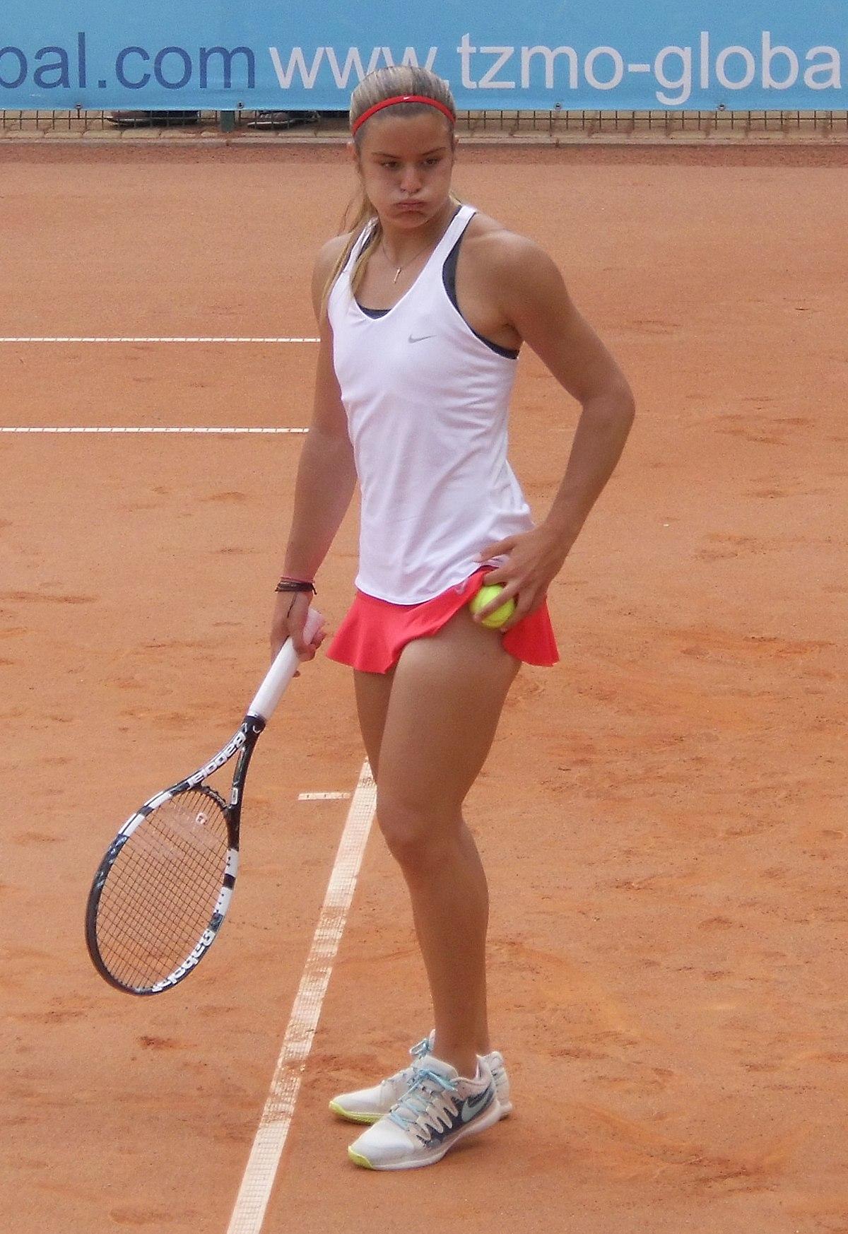 Sakkari Altezza : How Tall Is Maria Sakkari Maria Sakkari Physical  Characteristics / Professional tennis player @adidas athlete #heretocreate.  - Furniture table