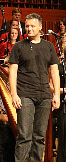 Thompson at the humanitarian concert Kriz nek' ti sacuva ime in Vatroslav Lisinski Concert Hall on 7 September 2008 Marko Perkovic Thompson Vatroslav Lisinski 7 rujna 2008 2.jpg