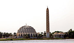 Masjid Al-Nilin, August 2007 - by Nick Hobgood.jpg