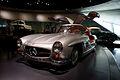 Mercedes-Benz 300SL 1955 Flügeltüren Gullwing Coupè LSideFront MBMuse 9June2013 (14796966598).jpg