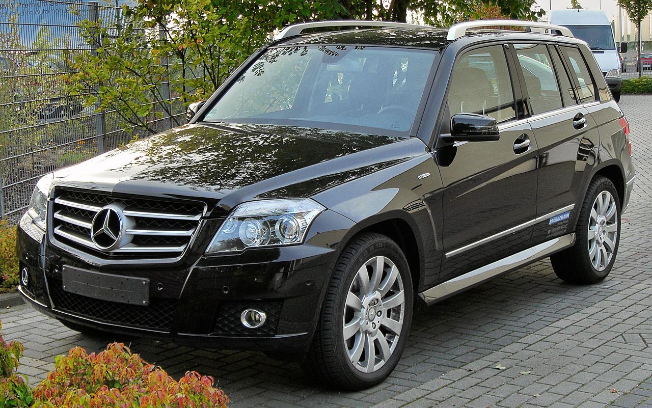 file mercedes glk 220 cdi blueefficiency front wikimedia commons. Black Bedroom Furniture Sets. Home Design Ideas
