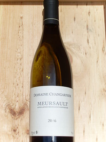 White Burgundy wine made from Chardonnay in th...
