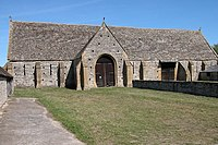Middle Littleton Tithe Barn - geograph.org.uk - 41334.jpg