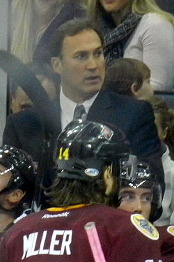 Mike Foligno coaching.jpg