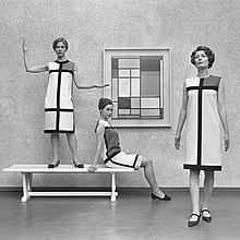 220px-Mondriaanmode_door_Yves_St_Laurent