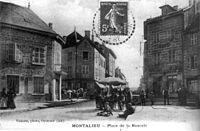 Montalieu-Vercieu, place de la bascule à Montalieu en 1908, p 132 de L'Isère les 533 communes - F Vialatte, phot à Oyonnax.jpg