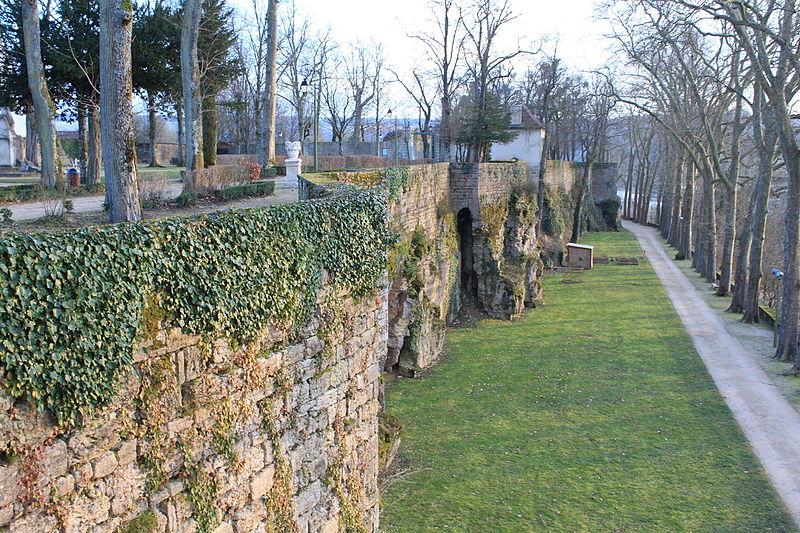 File:Montbard - Parc Buffon 21.jpg