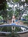 Monument of Derozio, S N Park, Kolkata.jpg