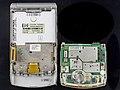 Motorola RAZR V3 - parts separated-92006.jpg